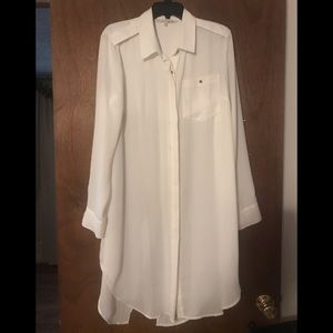 Rachel Roy Tunic. White. Long Sleeve